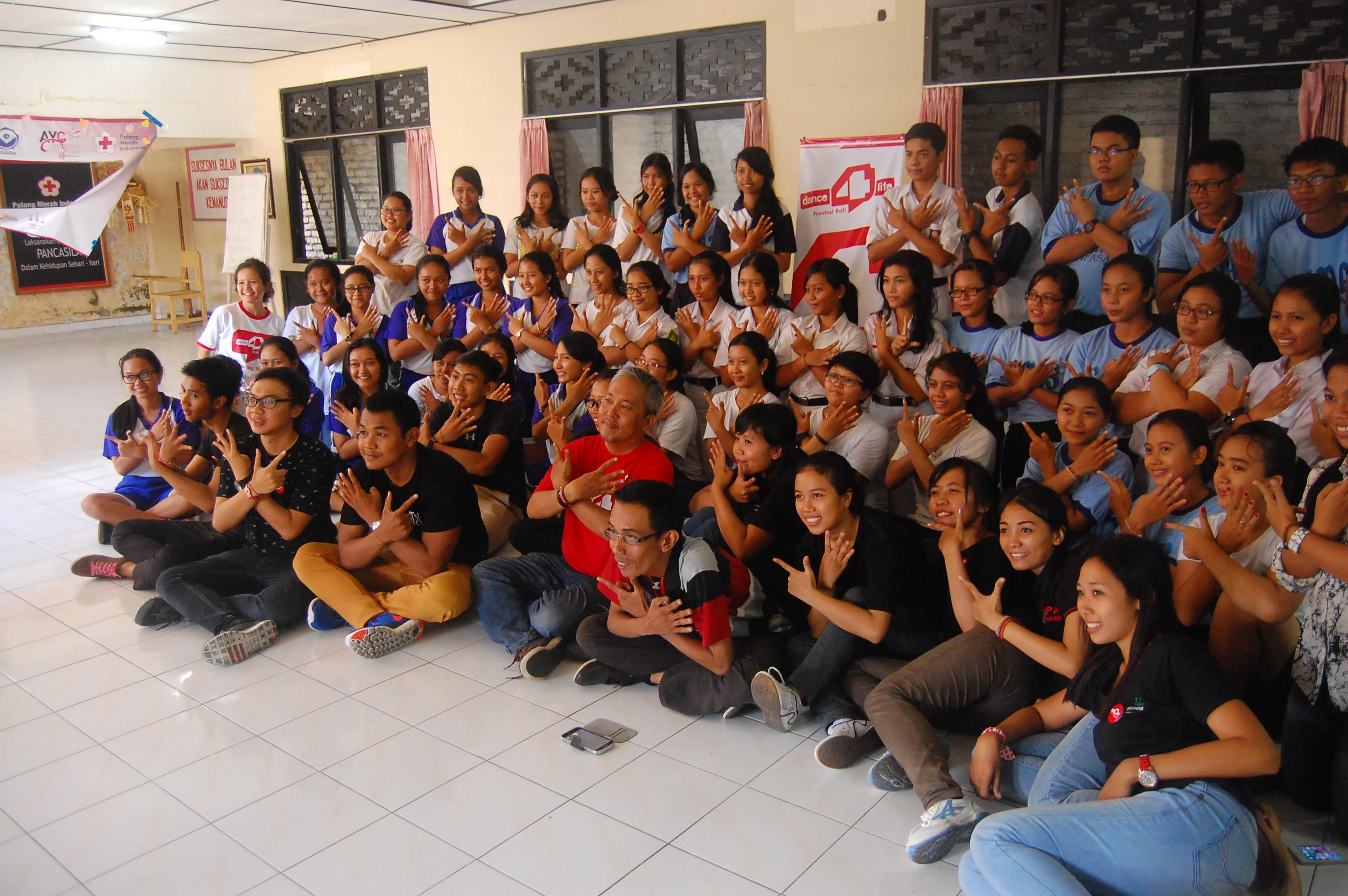 Berdayakan Kaum Muda Dalam dance4life